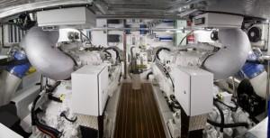 30-70FB_engine-room-MTU-engines