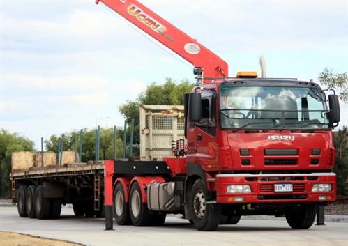 Isuzu Giga Crane Truck